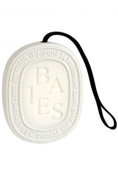 Diptyque-Baies-scented-oval