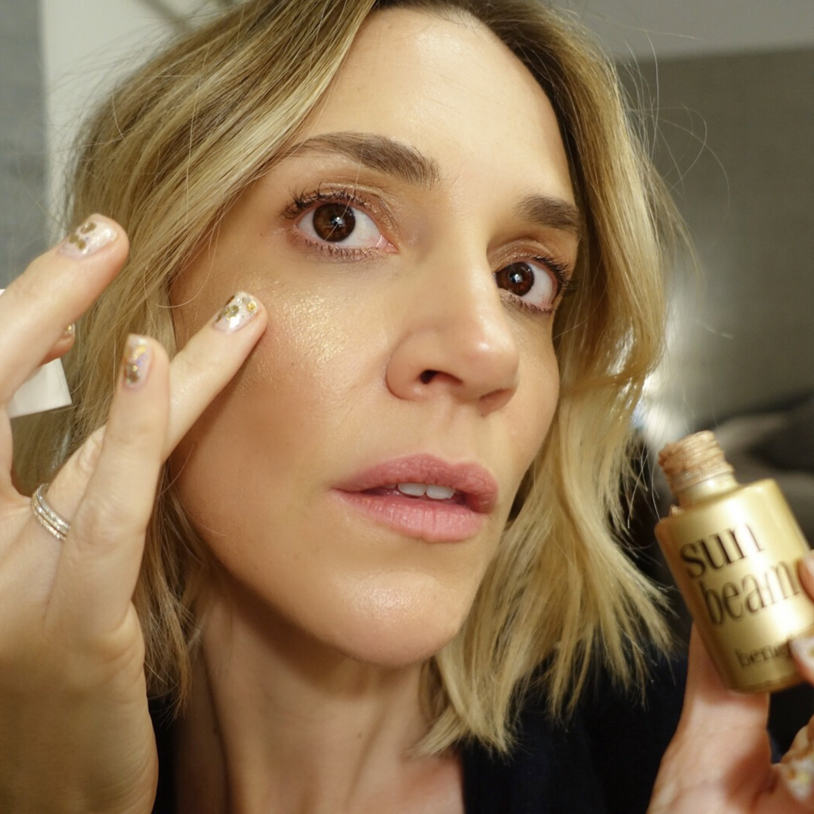 Click to Buy Laura Benefit Highlight