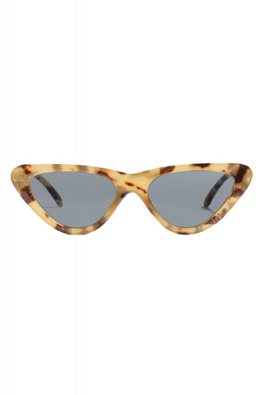 Click to Buy Topshop Polly Pointed Sunglasses