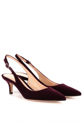 Click to Buy Gianvito-Rossi-Jackie-Velvet-Pumps