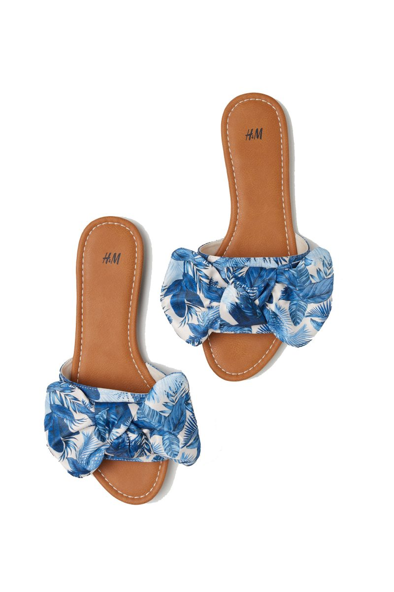 Click to Buy H&M Slides