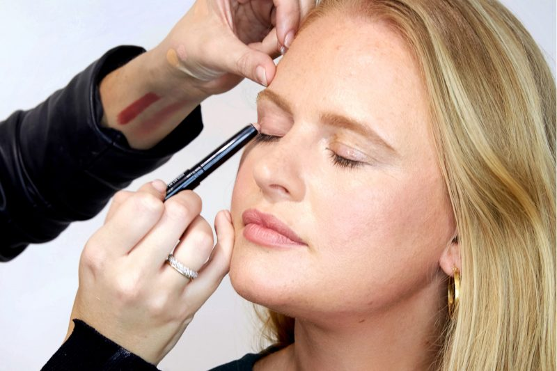Bobbi-Brown-Featured-Image